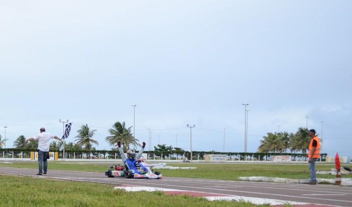 Ricardo Ramos vence quinta etapa do Sergipano de kart (Foto: João Áquila / GLOBOESPORTE.COM)