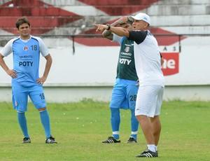sandro barbosa santa cruz treino (Foto: Aldo Carneiro / Pernambuco Press)