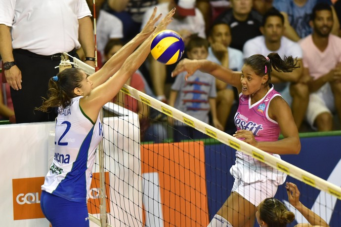 Rio de Janeiro x Osasco semifinal Copa Brasil Adenízia Natália (Foto: João Pires/Fotojump)