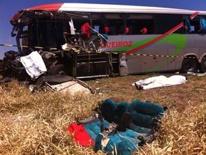 Acidente em Campo Grande (Foto: Gabriela Pavão/G1 MS)
