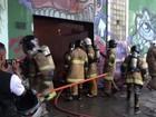Oficina mecânica fica destruída após incêndio em Botafogo, Rio