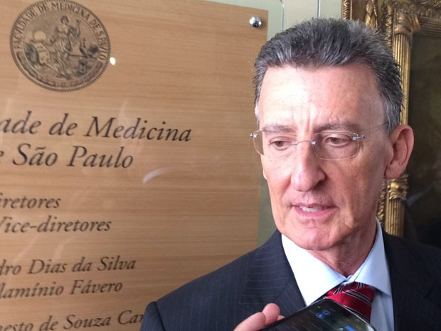 O diretor da Faculdade de Medicina da USP, José Otávio Costa Auler Júnior (Foto: Cauê Fabiano/G1)