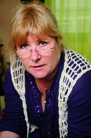 """A psicóloga e ativista romena Iana Matei, autora do livro """"À venda"""", que trata de histórias de tráfico humano (Foto: Divulgação)"""
