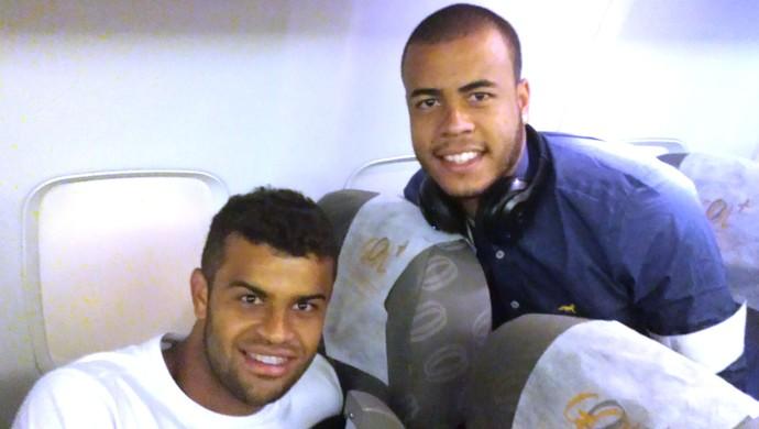 Alisson e Mayke Cruzeiro Venezuela (Foto: Marco Antonio Astoni)