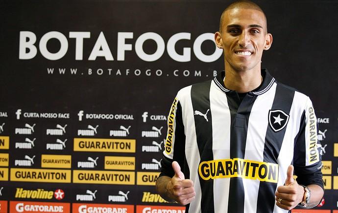 Rafael Marques, Botafogo, Apresentação (Foto: Marcos Tristão / Agência o Globo)