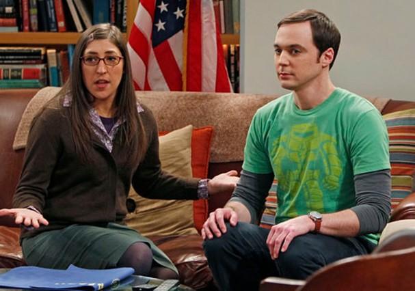 "Mayim Bialik em ""The Big Bang Theory"" (Foto: Reprodução)"