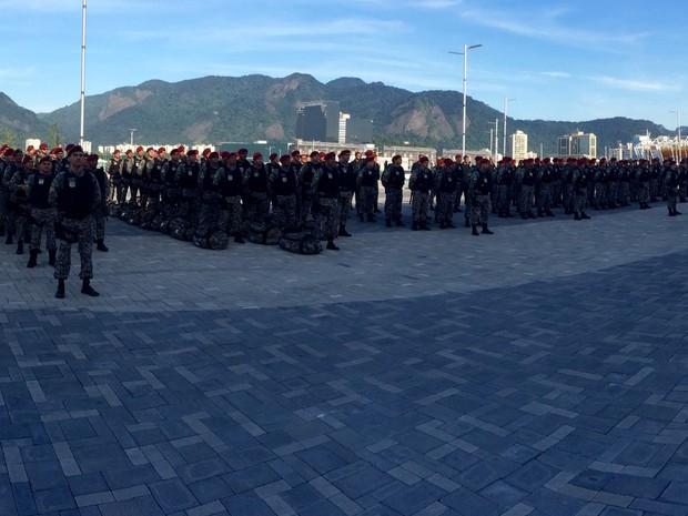 Quase 10 mil homens devem vir para o Rio a partir de maio (Foto: Henrique Coelho/G1)