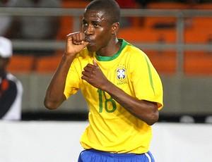 ramires brasil gol tanzânia (Foto: Fernando Maia / O Globo)