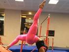 Gracyanne Barbosa mostra a sua elasticidade em aula de ginástica