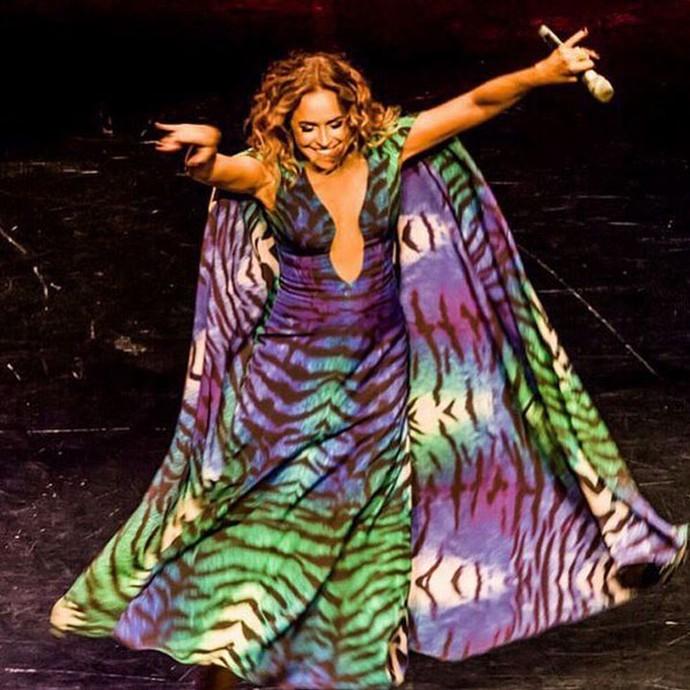 Daniela Mercury diz que canta para dançar, tamanha a paixão pela dança (Foto: Arquivo pessoal)