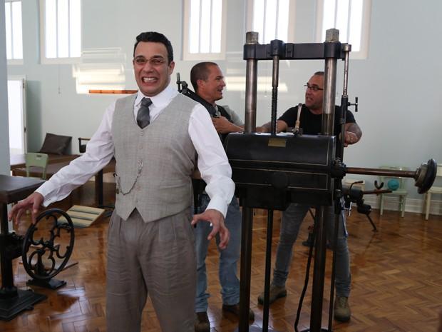 Marcelo Médici se diverte durante as gravações (Foto: Maria Clara Lima/Gshow)