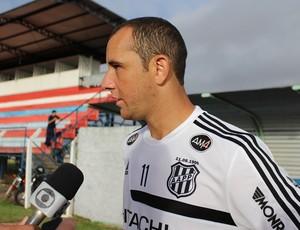 Na Ponte Preta, atacante Josemar vai reecontrar o Vilhena nesta terça-feira (Foto: Larissa Vieira)