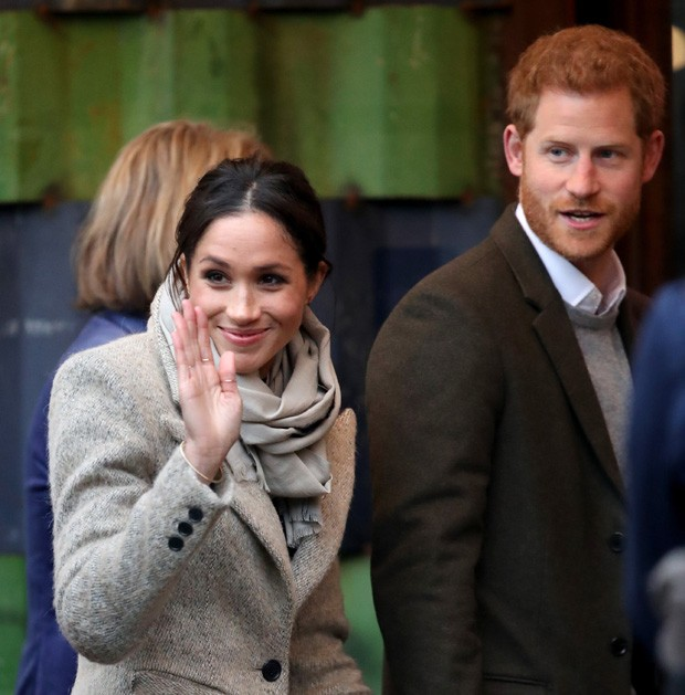 LONDON, ENGLAND - JANUARY 09:  Prince Harry and his fiancee Meghan Markle visit Reprezent 107.3FM on January 9, 2018 in London, England. The Reprezent training programme was established in Peckham in 2008, in response to the alarming rise in knife crime,  (Foto: Getty Images)