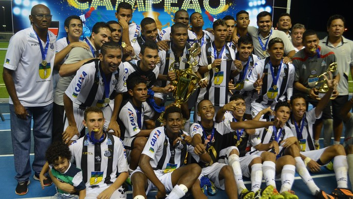 Santos-AP; campeão sub-20 (Foto: Rafael Moreira/GE-AP)