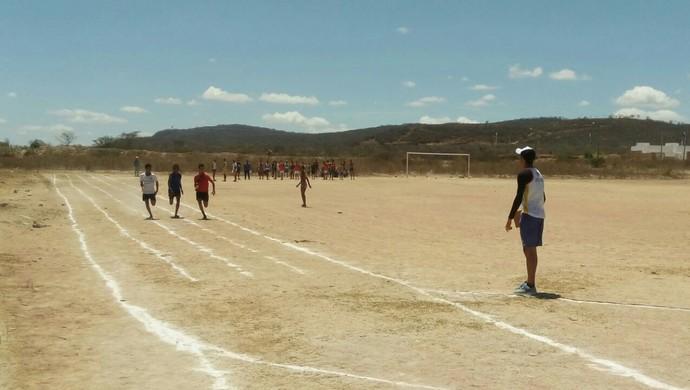 Escolinha de Atletismo Arcoverde (Foto: Dinho Silva / Arquivo Pessoal)