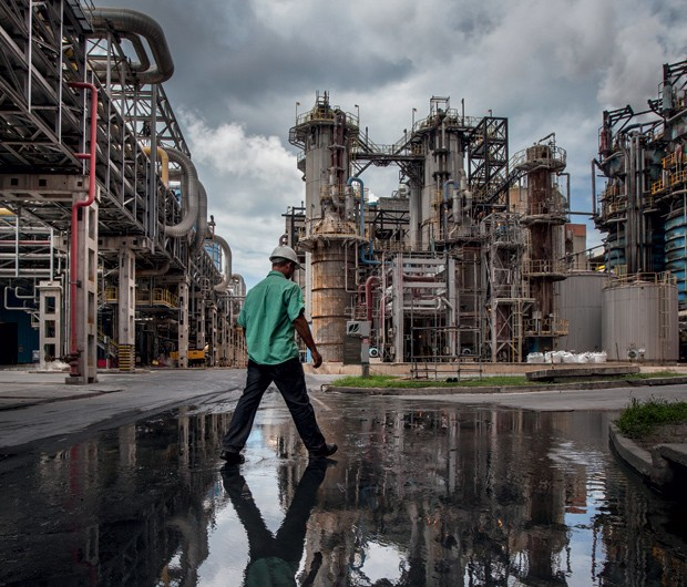 Fábrica em Aracruz (ES) é a maior do mundo: a empresa tem outras duas unidades industriais, em Jacareí (SP) e Três Lagoas (MG) (Foto: Fabiano Accorsi)
