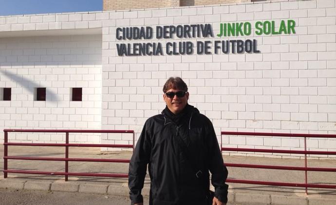 Marcelo Veiga faz estágio no Valência da Espanha (Foto  Divulgação) ca983f2b36ec7