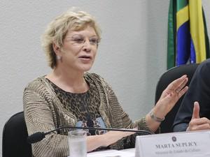 A ministra Marta Suplicy durante audiência no Senado, na qual ela falou sobre projetos da pasta (Foto: Geraldo Magela / Agência Senado)
