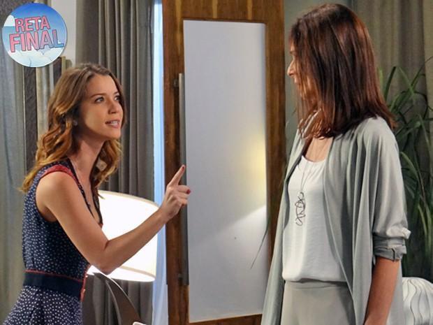 Laura dá ultimato e Úrsula não aguenta mais tanta pressão (Foto: Gabriela Duarte / Gshow)