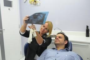 A ortodontista Liana Lima Pinheiro e Adrilles (Foto: Divulgação)