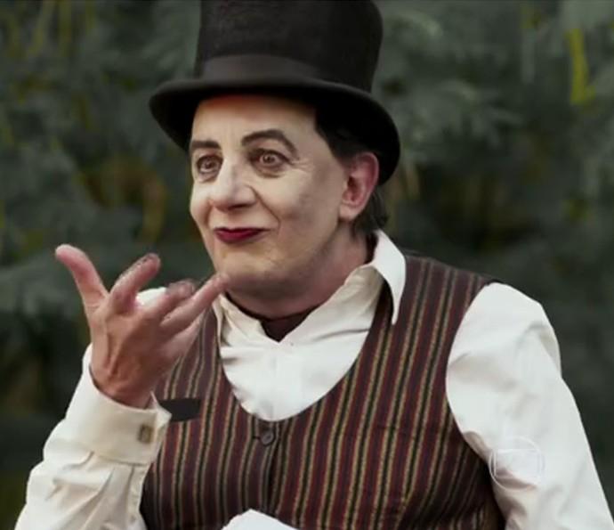 Pancrácio se disfarça de mágico em Êta Mundo Bom! (Foto: TV Globo)