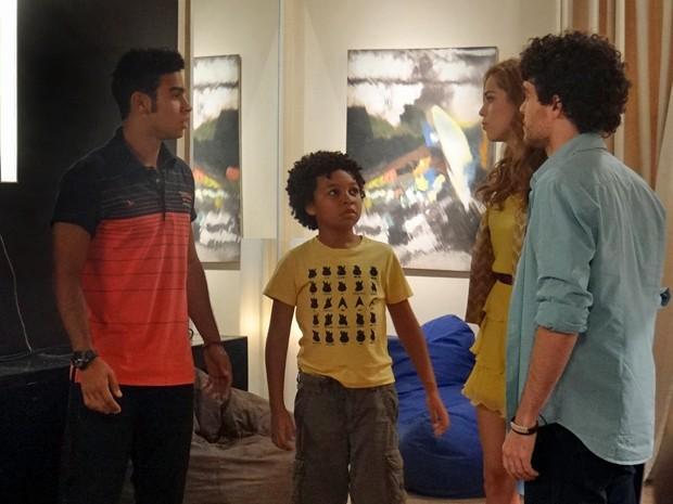 Azeitona e Gaby contam que a armação foi obra do Gustavo (Foto: Gabriela Duarte / Gshow)