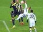 Fernandão faz três, marca de voleio, e Fenerbahçe goleia na Copa da Turquia