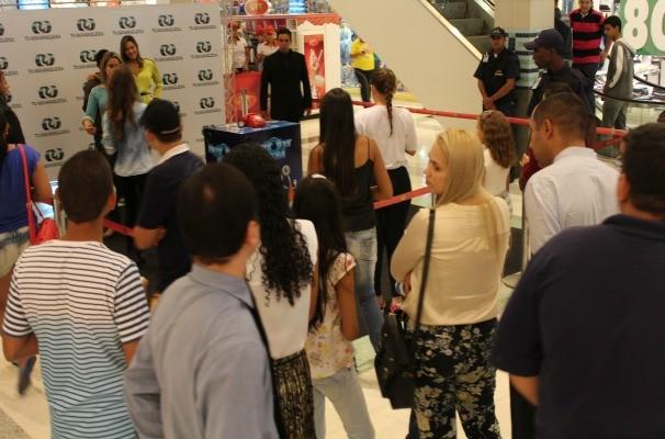 Todo mundo entrou no clima do Big Brother Brasil. (Foto: Divulgação/TV Anhanguera)