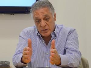 Prefeito de Piracicba, Gabriel Ferrato (PSDB), diz que arrecadação em 2015 deve ser pior (Foto: Marcello Carvalho/G1)