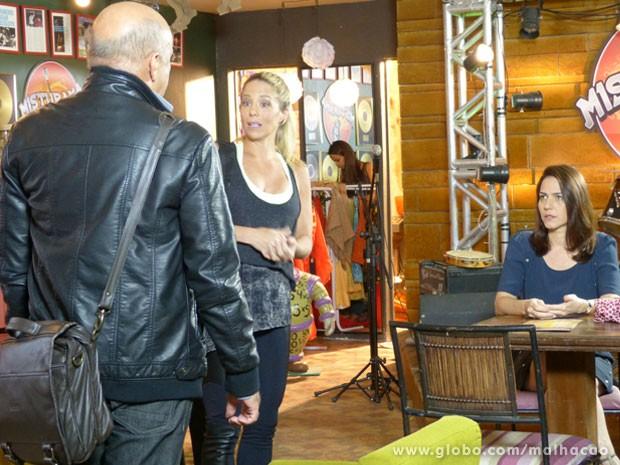 Olha quem chegou bem na hora que a Marcela ia abrir o jogo...Vai dar namoro? (Foto: Malhação / Tv Globo)
