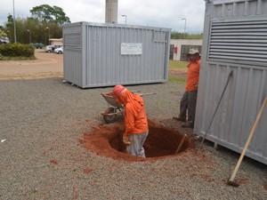 Boldrini iniciou terraplanagem de novo centro de pesquisas (Foto: Marcello Carvalho/G1)