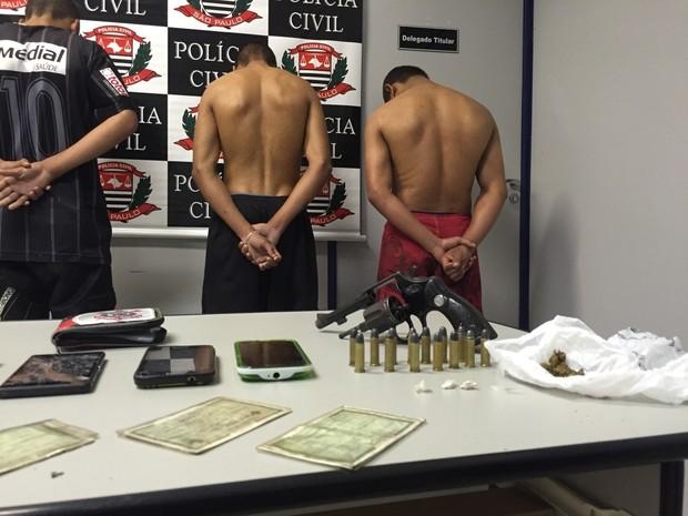 Quadrilha foi presa pelos policiais da DIG (Foto: Divulgação/DIG)