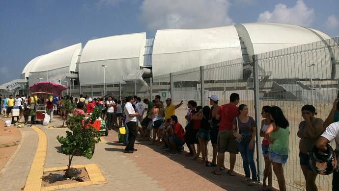 Fila Ingressos Arena das Dunas América-RN Flamengo (Foto: Jocaff Souza/GloboEsporte.com)