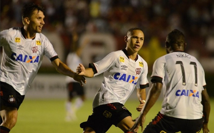 Flamengo Atlético-PR (Foto: Gustavo Oliveira/ Atlético-PR)