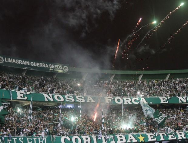Couto Pereira em festa depois da vitória do Coritiba na final do Paranaense