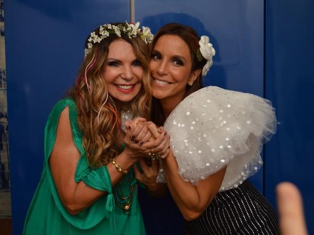Elba Ramalho e Ivete Sangalo em show em Salvador, na Bahia (Foto: Felipe Souto Maior/ Ag. News)