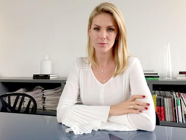 Ana Hickmann revisita atentado em depoimento exclusivo