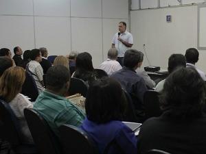 Editor-geral de jornalismo da Rede Amazônica, Luís Augusto Pires Batista, também palestrou (Foto: Katiúscia Monteiro/Rede Amazônica)