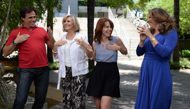 Oscar Magrini, Irene Ravache, Débora Falabella e Cristiane Pelajo (Foto: Zé Paulo Cardeal/ Globo)