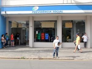 Agência do INSS tem problemas no sistema em Piracicaba (Foto: Eduardo Marins/EPTV)