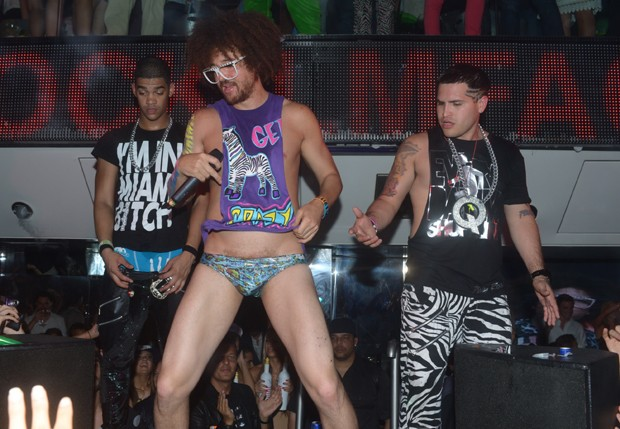 Apresenta&#231;&#227;o do grupo LMFAO na Fran&#231;a (Foto: Grosby Group)