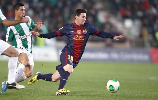 Messi, Cordoba e Barcelona (Foto: Agência Reuters)