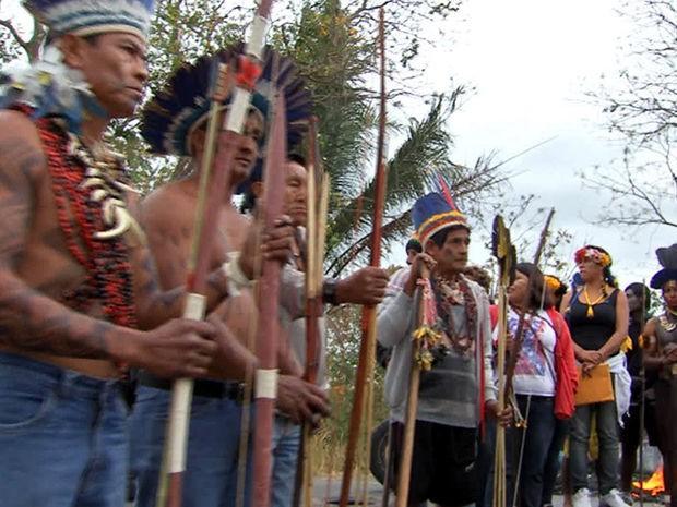 Os indígenas pedem a suspensão da portaria 303. (Foto: Reprodução / TVCA)