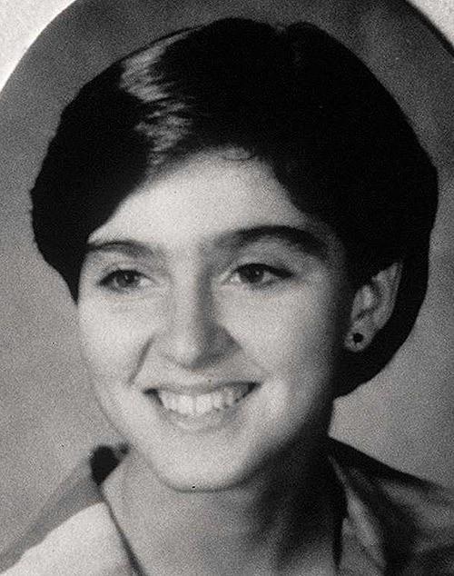 Madonna na adolescência, em foto tirada no colégio West Middle School (Foto: Reprodução)