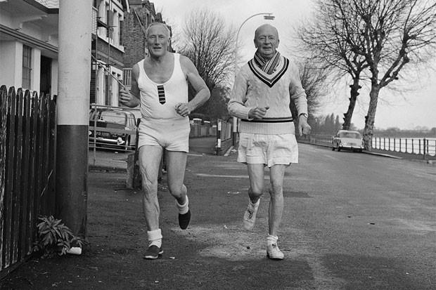 Idosos correndo (Foto: Getty Images)