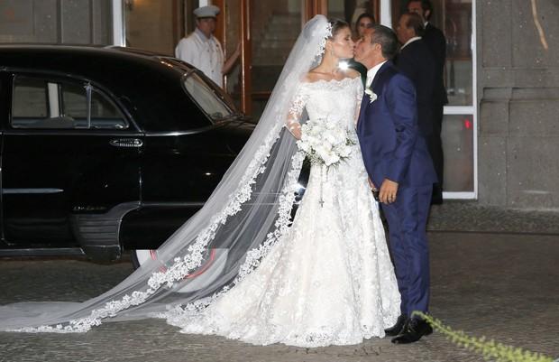 Eri Johnson e Alice Souto em festa de casamento na Zona Sul do Rio (Foto: Marcos Serra Lima/ EGO)