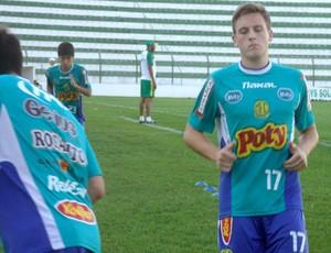 Zagueiro Brett, norte-americano que faz intercâmbio no Mirassol (Foto: Vinicius de Paula / Agência Mirassol FC)