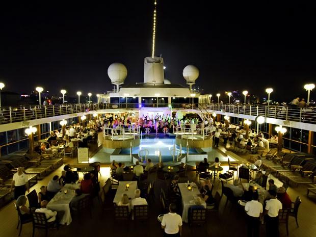 O navio Azamara Journey, onde ocorrerá o cruzeiro liberal (Foto: Divulgação/Azamara)