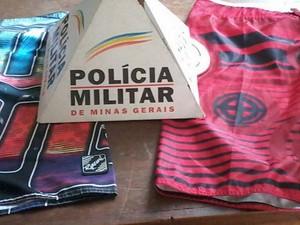 Jovem rouba roupas e vende para comerciante em Oliveira (Foto: Polícia Militar/Divulgação)