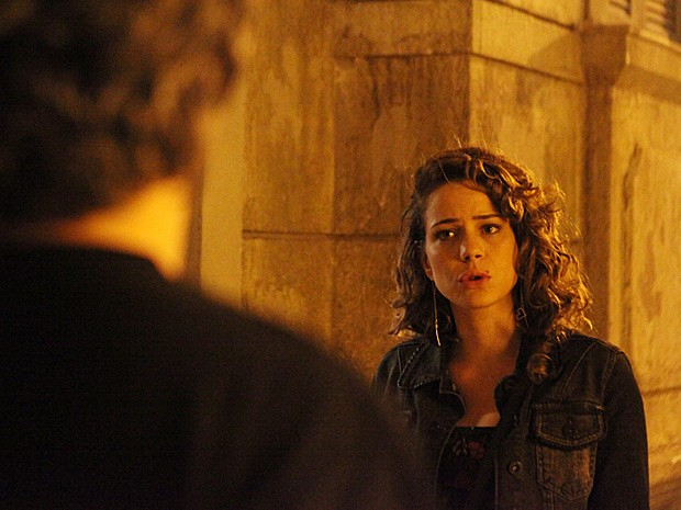 Cristina pede desculpas por ter feito Zé Alfredo entrar na casa (Foto: Carol Caminha/TV Globo)